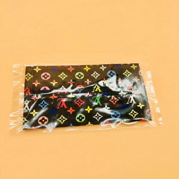 Louis Vuitton Disposable Masks High-end Brand Masks Dust Masks In Stock Fashionable Individual Packaging Low Price Free Shipping Anti-virus Korean Style Comfortable and Not Harmful to Ears High-end Men and Women General